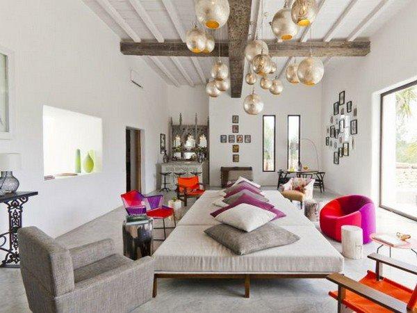 Ristrutturazione e arredamento rustici casolari e case for Arredamento stile moderno