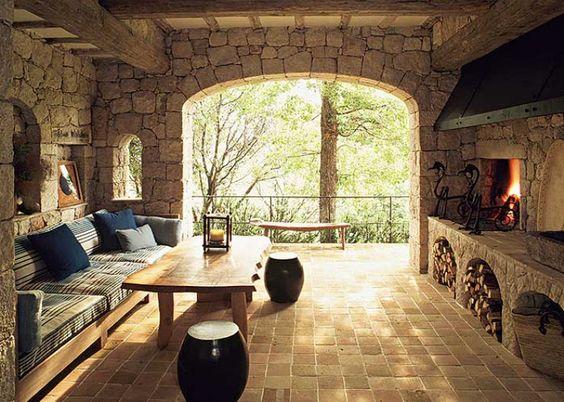 Arredamento Toscano Rustico : Ristrutturazione e arredamento rustici casolari e case antiche